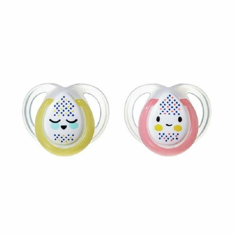 Tommee Tippee Night Time Glow in the Dark Orthodontic Soothers - 0-6 Months, 2pcs