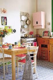 25 Inspiring Retro Kitchen Designs