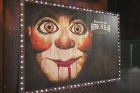 Halloween Horror Nights 2015 Parking Fee by Howl O Scream Evil Encore Vs Halloween Horror Nights 26 U2013 Park Pass