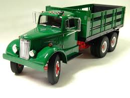 100 Green Truck Stakebed Fumby Street