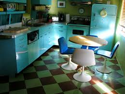 A Little More Retro Vintage Than Mod Take Out The Table Chairs And Its 40s