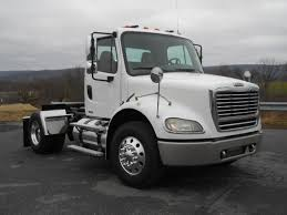 FREIGHTLINER SINGLE AXLE DAYCAB FOR SALE | #11553