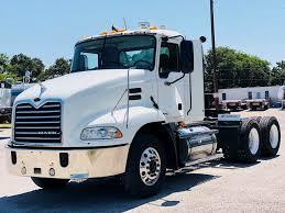 2007 Mack CXN-613 Day Cab Truck - 2 Line Wet Kit, Sliding 5th Wheel ...