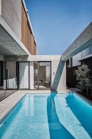 100 Beach Houses Gold Coast Mermaidbeachresidencegoldcoastbearchitecture13 Apartmentlovin