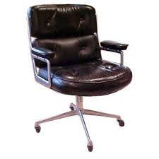 Serta Big And Tall Executive Office Chairs by 218 Best Steez Images On Pinterest Desks Armchairs And Desk Chairs