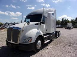 100 Paccar Trucks 2016 Kenworth T680 Sleeper Semi Truck MX 450HP
