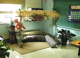 Safari Themes For Living Room by Monkey Themed Classroom Ideas Clutter Free Classroom Jungle