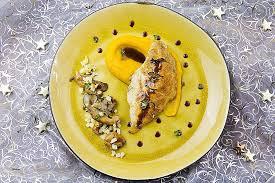 comment cuisiner la truffe comment cuisiner une pintade luxury pintade r tie aux truffes