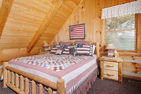 Cheap 1 Bedroom Cabins In Gatlinburg Tn by Old Glory Bluff Mountain Acres Cabin 302 Pigeon Forge Cabin With