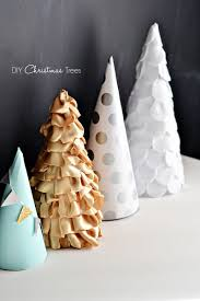 Pine Cone Christmas Tree Tutorial by Christmas Craft Paper Fabric U0026 Felt Trees Little Inspiration