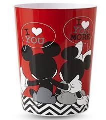Mickey Minnie Bathroom Decor by Minnie Mouse Bathroom Accessories Amazon Com