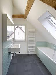 badezimmer dachgeschosswohnung cadosch zimmermann gmbh