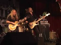 the kentucky headhunters live at the shed at smoky mountain harley