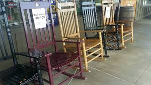 Rocking Chairs At Cracker Barrel by Being A Host At Cracker Barrel Is The Best Job In The World