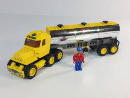 LEGO 4654 Octan Tanker Truck From 2003 4 Juniors City - YouTube