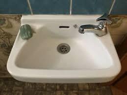 waschbecken badezimmer ausstattung und möbel in