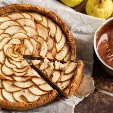 birnenkuchen mit schokoladensauce
