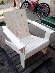 Pallet Adirondack Chair Plans by Easy Reclaimed Pallet Chair Design
