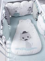 comment mettre un tour de lit bebe linge draps de lit bébé linge de lit pour bébés vertbaudet