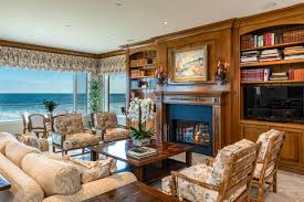 100 Malibu House For Sale Candy Spelling Selling Beachfront Home For 23