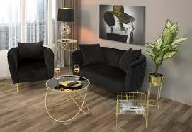 wohnzimmer sessel mit modernem design aus samt holz und eisen ruthie