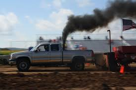 100 Pulling Truck Smoke And Power Rise From Pulling Tractors Regional News