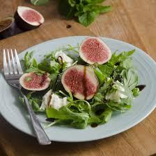 cuisiner figues fraiches recette salade de figues fraîches à la menthe