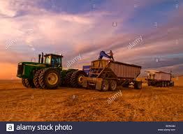 Grain Cart Stock Photos & Grain Cart Stock Images - Alamy
