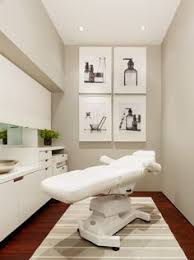 Contemporary Medical Treatment Room