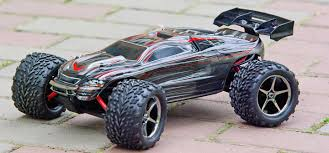 Best RC Cars: Expert Advice On The Ultimate RC Cars For 2018 | RC ... How Fast Is My Rc Car Geeks Explains What Effects Your Cars Speed 4 The Best And Cheap Cars From China Fpvtv Choice Products Powerful Remote Control Truck Rock Crawler Faest Trucks These Models Arent Just For Offroad Fast Lane Wild Fire Rc Monster Battery Resource Buy Tozo Car High Speed 32 Mph 4x4 Race 118 Scale Buyers Guide Reviews Must Read Hobby To In 2018 Scanner Answers Traxxas Rustler 10 Rtr Web With Prettymotorscom The 8s Xmaxx Review Big Squid News