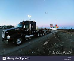 2019 Black Kenworth T880 Semi Truck Hooked To An RGN Lowboy Trailer ... Lowboy Trailers By Globe Lowbed Trucks 2 Various Lowbed Cfigurations Hauling 164th White Agco Semi With 4175 4wd On Lowboy Trailer Truck Stuck Isuzu Giga Fvz Moving Sany Excavator And Ertl Diecast Mack Ultra Tractor Flatbed Vintage Lowboy Trailers For Sale Whosale Buy Reliable Motsports Underbed Ingenuity Shipped To Your Door Tri Green Sterling Lowboy Truck In Flora Peterbilt Custom 379 Heavy Haul Matchin Low Boys Eager Beaver For Sale N Magazine 3d Trailer Polys Turbosquid 1165519