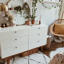 modern chest of drawers with 6 drawers white lacquered in