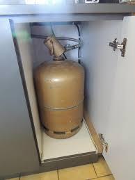 rangement bouteille de gaz meuble pour bouteille de gaz top armoire lift special microondes