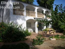 Rustic Style House Near Sitges