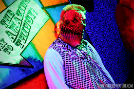 Knotts Halloween Haunt Mazes by Review Uncle Bobo U0027s Big Top Haunt 2012 Theme Park Adventure