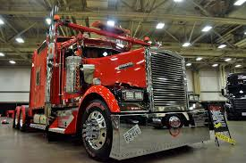 100 Toter Trucks Custom Rig Details Of Cherry Bomb A 1999 Kenworth W900L