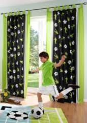 rideau chambre garcon décoration et meuble football pour chambre d enfant aménager et
