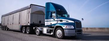 100 Big Blue Trucking Improper Rig Maneuvers That Can Lead To A Accident