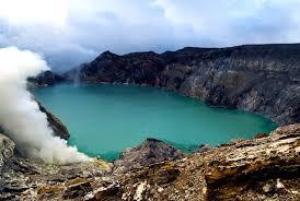 11 Mount Bromo Ijenvolcanotour B