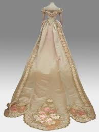 Court Dress From The National Historical Museum I Would So Wear This To A Costume Ball If Only Ever Had Go