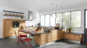cuisine bois et ophrey com cuisine gris bois et blanc prélèvement d