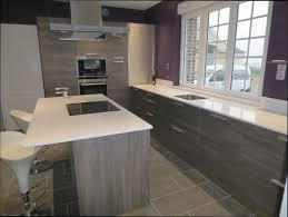 cuisine bois blanchi cuisine grise et bois beau cuisine bois blanchi cuisine