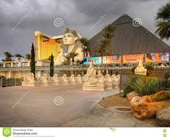 Luxor Casino Front Desk by Las Vegas Sphinx And Pyramid Editorial Image Image 74121045