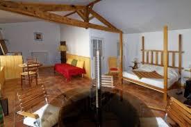 chambre d hote les tilleuls chambres d hôtes les tilleuls le poiré sur velluire accueil vendée