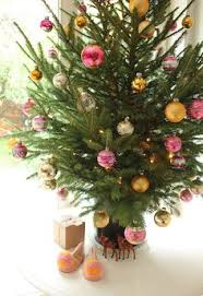 Dunhill Christmas Trees by Snowy Dunhill Full Pre Lit Christmas Tree The Holidays Just Aren