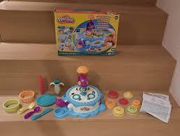 play doh kuchenbäckerei knete kuchen backen