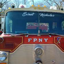The Eddie's Pizza Truck - Home - New York, New York - Menu, Prices ... Eddies Wings On Wheels Oklahoma City Food Trucks Roaming Hunger Spinach Pie Midtownlunchcom200610eddiespizzatruck Flickr New York Wedding By Christian Oth Studios Pizza Truck Italian Delishus The Truck Yorks Best Mobile Dec 2730 2011 Korilla Bbq Frying Dutchmen Hudson Valley And Carts Not Worth Wait I Dream Of Brooklyns Prospect Park Rally