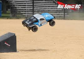 100 Truck Jumping Brushed 2WD Short Course Shootout Big Squid RC