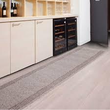 tapis pour cuisine tapis cuisine sur mesure amortissant résistant sur mesure