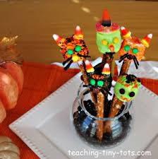 Halloween Pretzel Rod Treats by Toddler Recipes Cute Pretzel Cats And Witches For Halloween